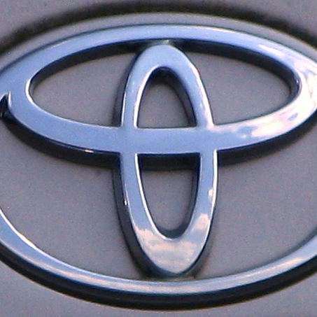 Toyota Recalls Lexus GS For Braking Issues, Sienna Minivans Over Spare Tire Concerns
