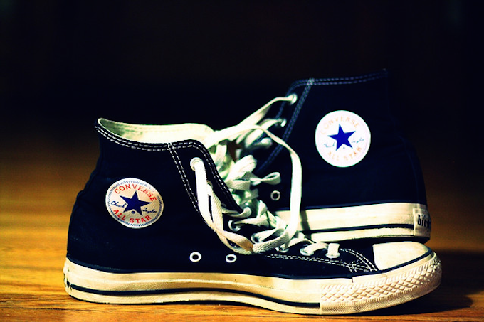 Universal negativo Pinchazo  Converse Suing 31 Companies For Allegedly Selling Knock-Off Chuck ...