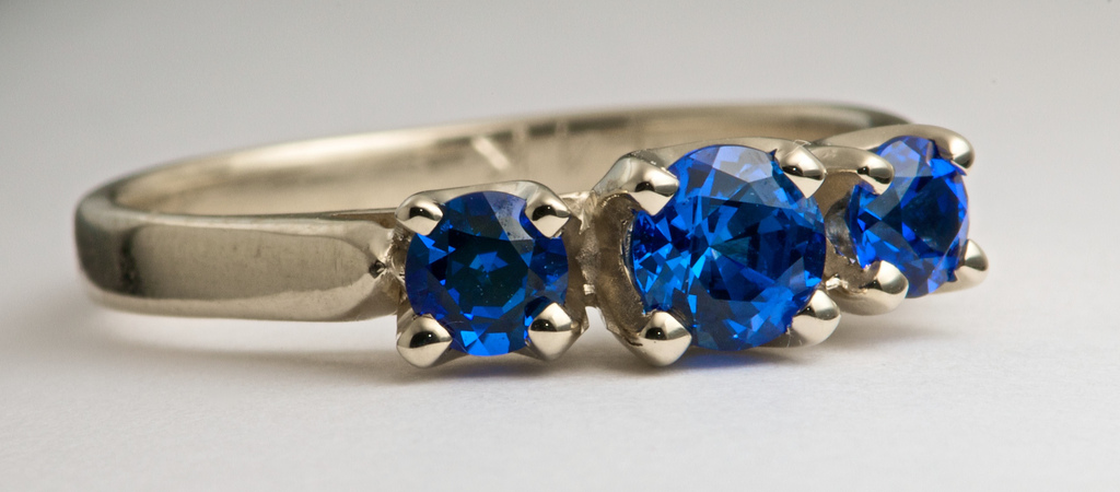 Non-Diamond Engagement Rings becoming more Popular