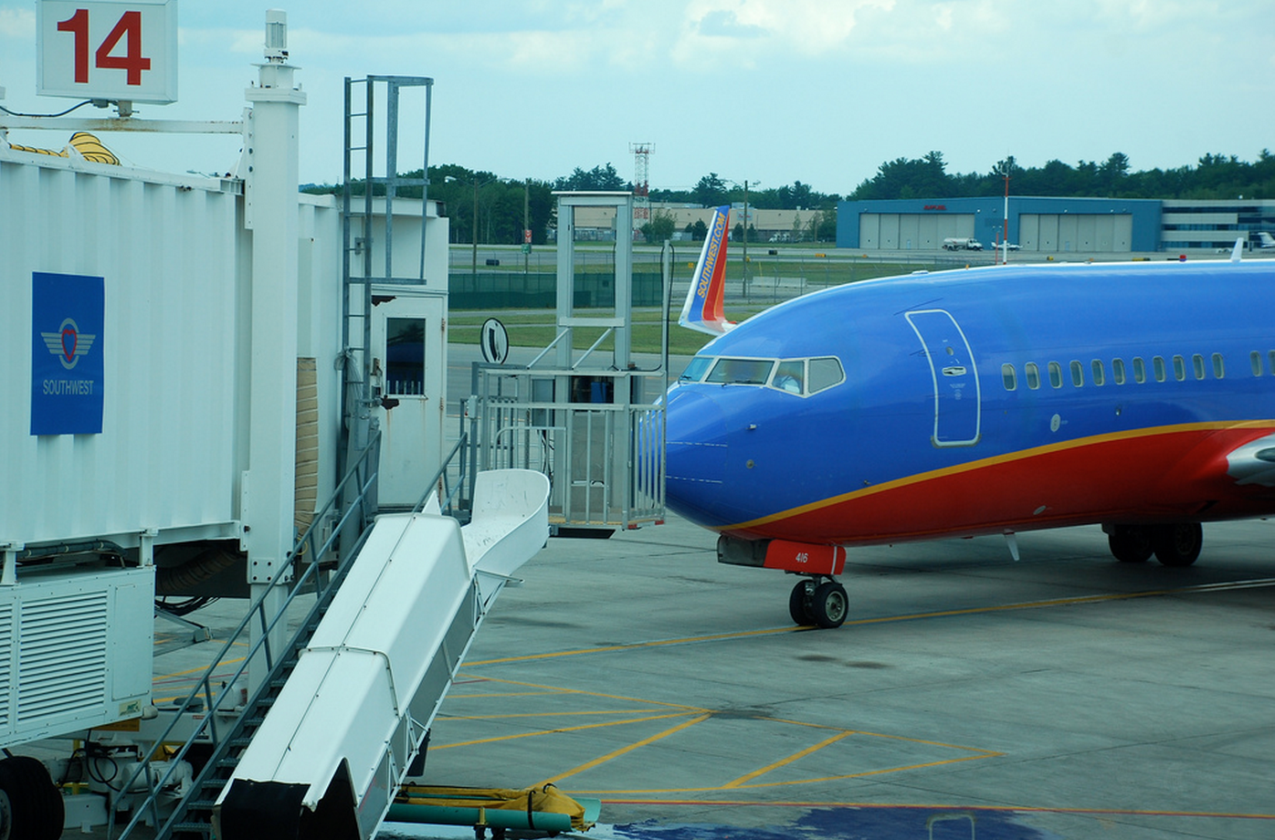 Southwest Baggage Handlers Say Too Many Flights + More Passengers + Not Enough Planes = Delays