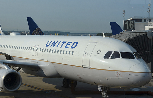 United Flight Delayed In Belfast Because Of Crackers, Could Cost Airline $550,000