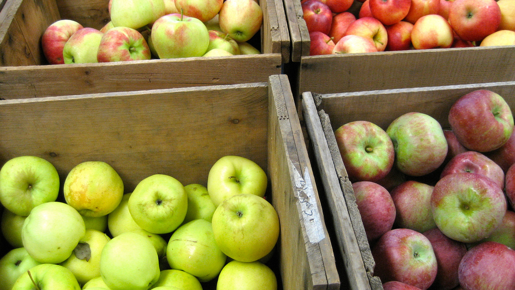 Del Monte Recalls Granny Smith Apples Sold At 7-Eleven And Coremark