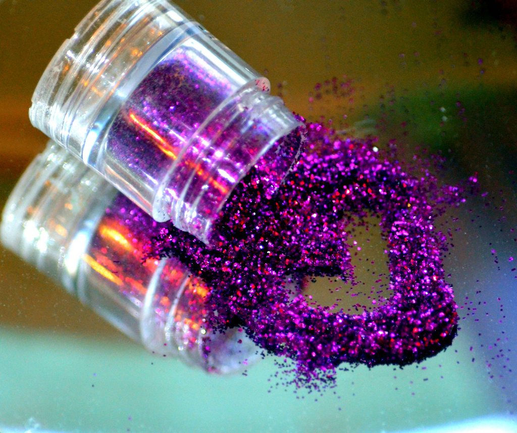 Glitter-Mailing Site For Sale, Bid Now At $70,800