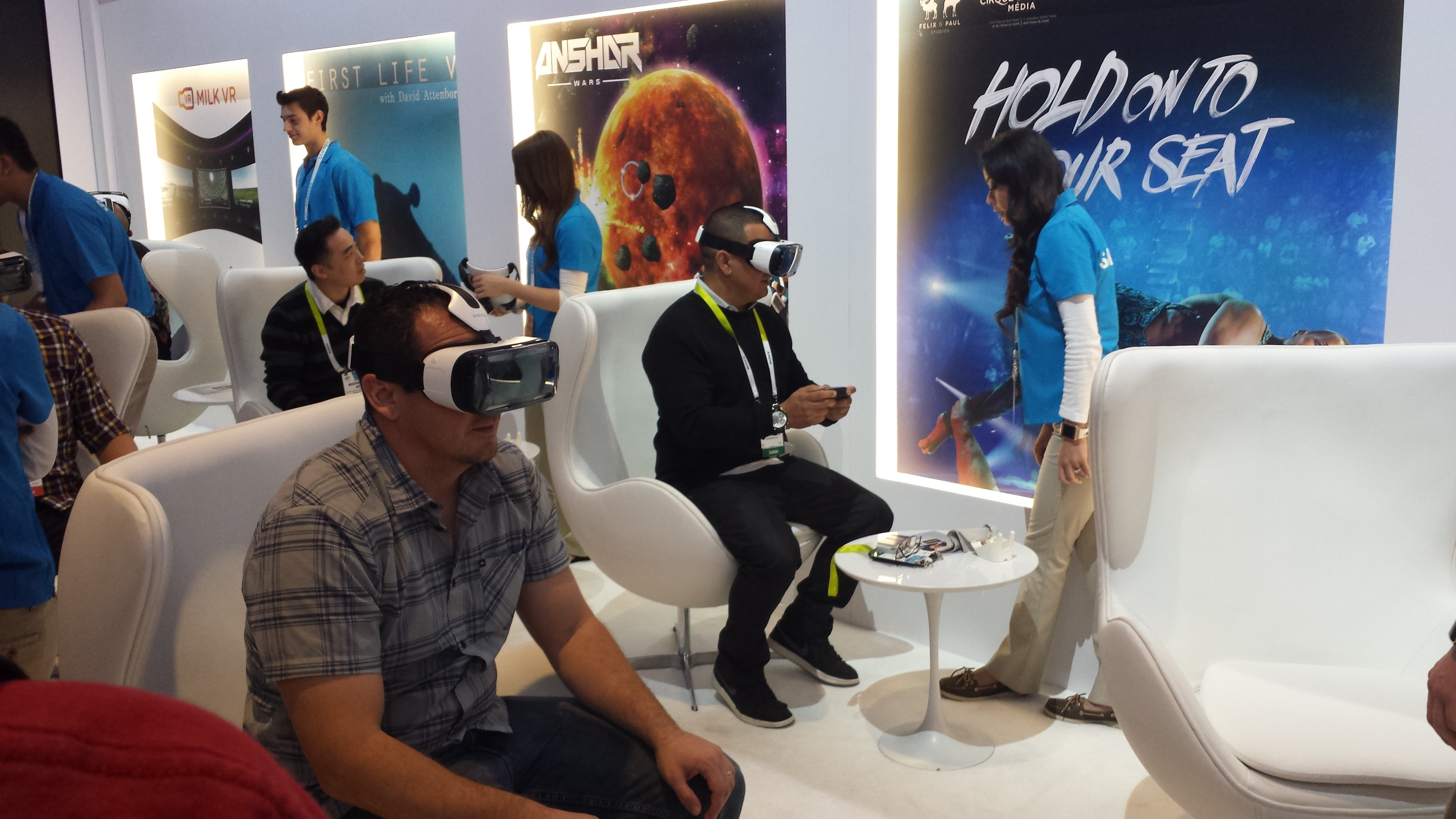 Best Buy Becomes First Retailer To Sell Samsung's Gear VR Headset (Galaxy Note 4 Not Included)