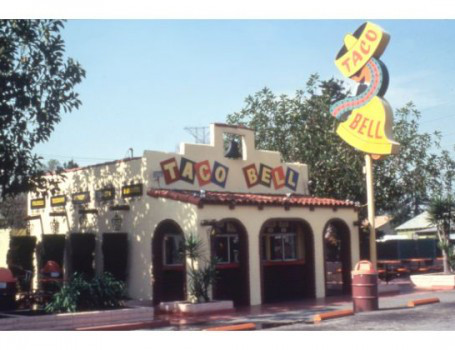 The Downey Taco Bell as it looked in better years.