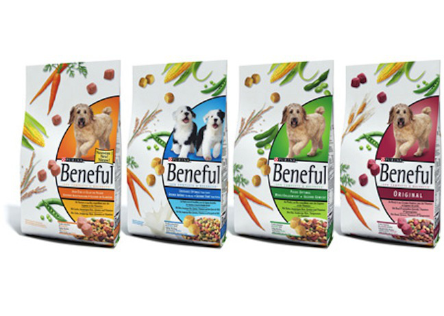 A California lawsuit alleges that Beneful-brand dog food has led to illness and death in thousands of dogs.