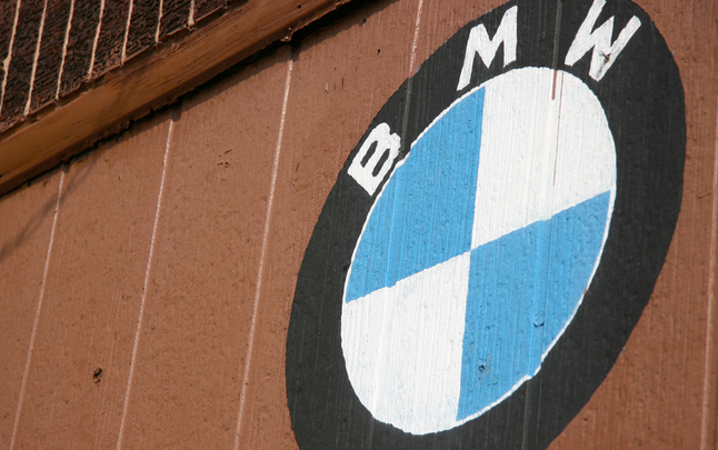 BMW, Daimler Deny Manipulating Emissions Tests