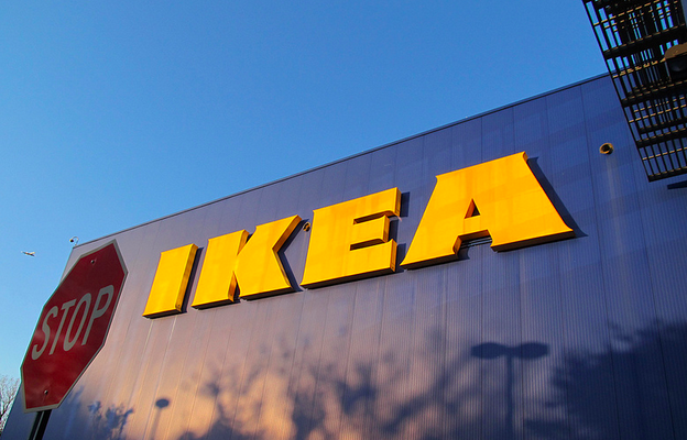 How To Survive A Trip To IKEA Without Dumping Your Partner