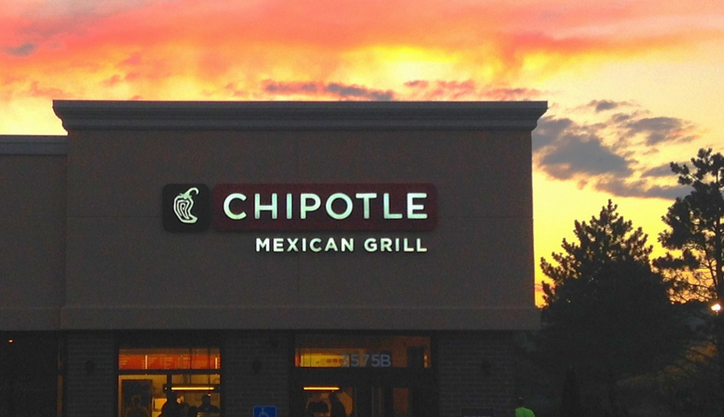 Chipotle Customers File Lawsuit Claiming Company Tried To Cover Up California Norovirus Outbreak