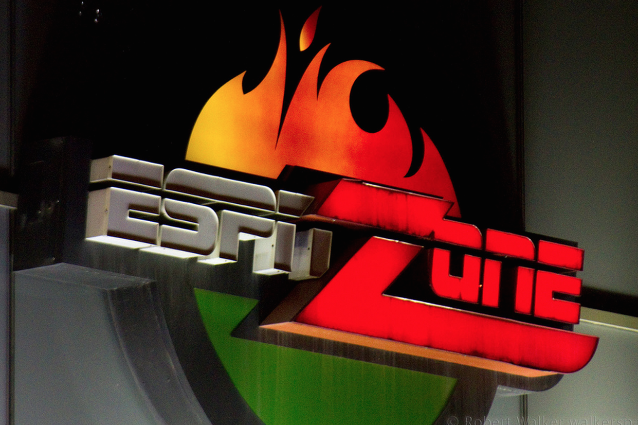 Verizon S Espn Not Included Fios Base Package Violates Contract Says Sports Network Consumerist