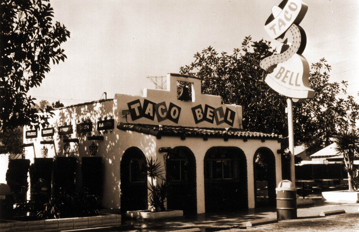 Taco Bell's Founder Originally Intended To Start A Burger Empire