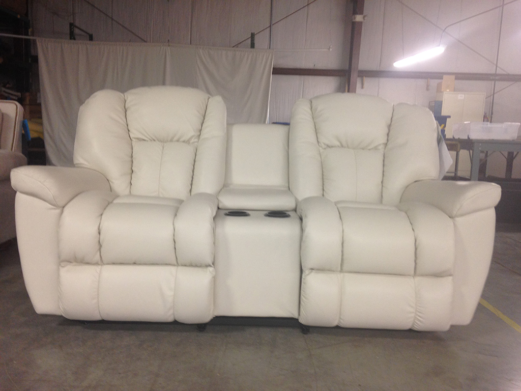 The 39P PowerReclineXRw Loveseats with Console. Check La-Z-Boy.com for photos of other loveseats and chairs included in the recall.