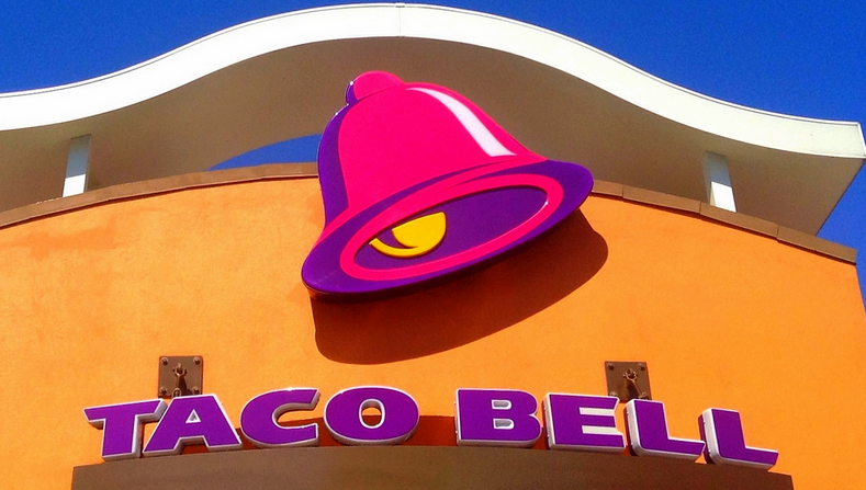 Alcohol-Serving Taco Bell Will Abide By Hour Restrictions, Staff Security Guards