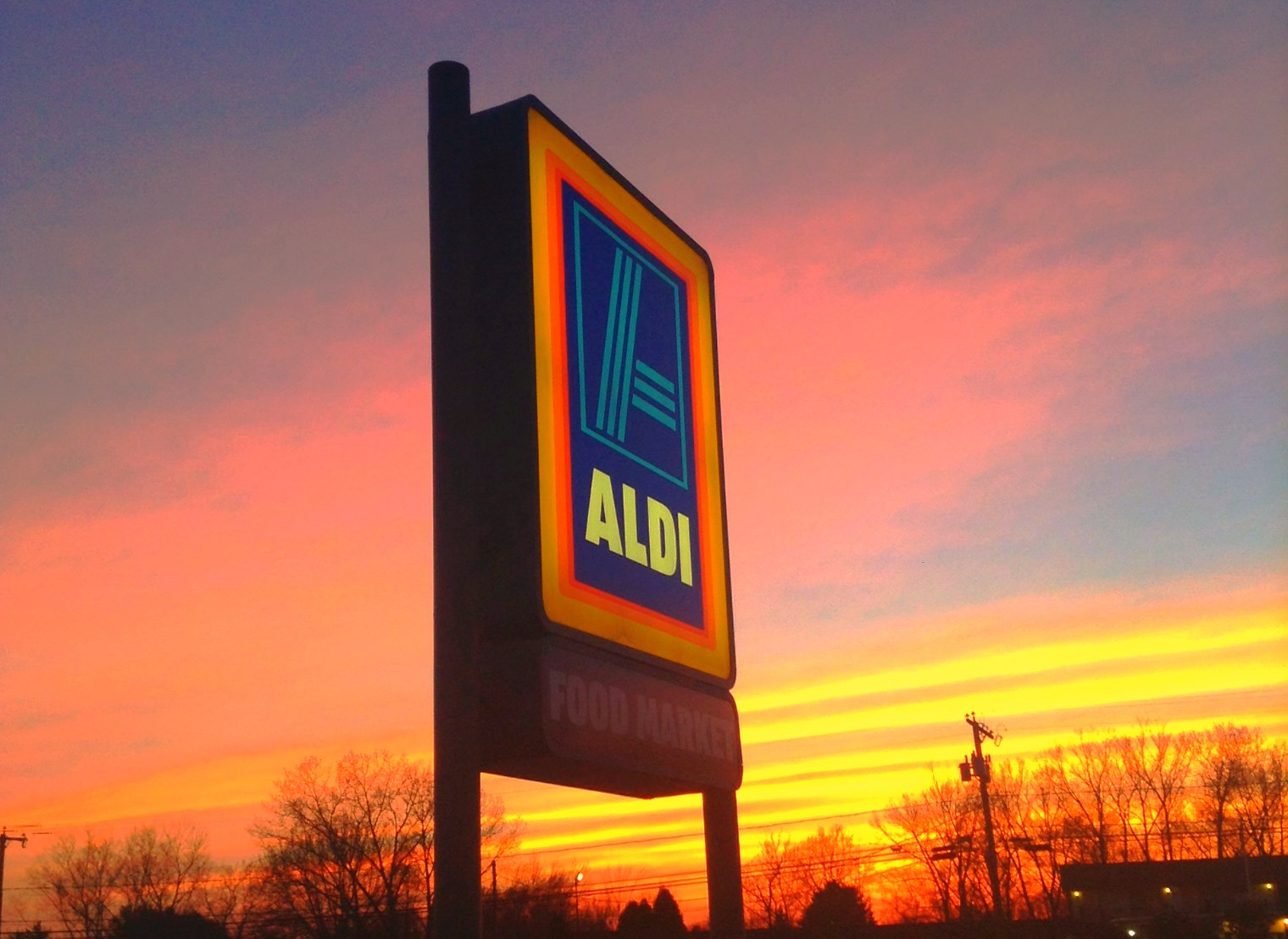 Discount Supermarket Chain Aldi Prepping To Take On Walmart & Others In U.S.