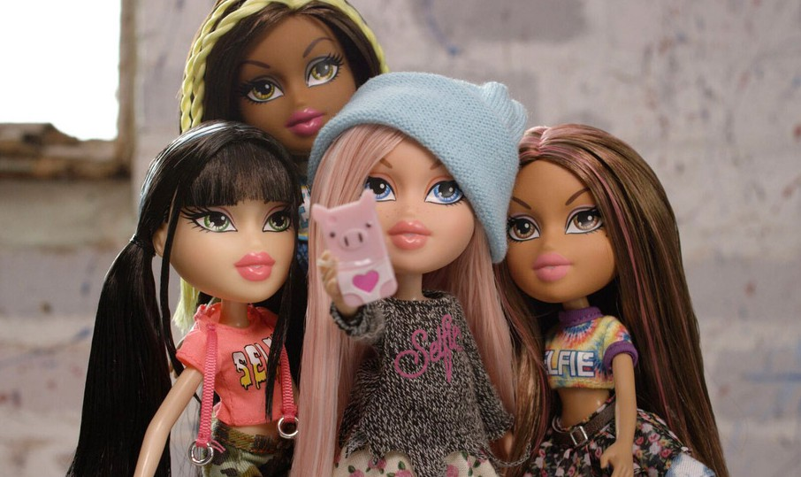 Bratz Dolls Return With Slightly More Clothing, Selfie Sticks, Still No Noses