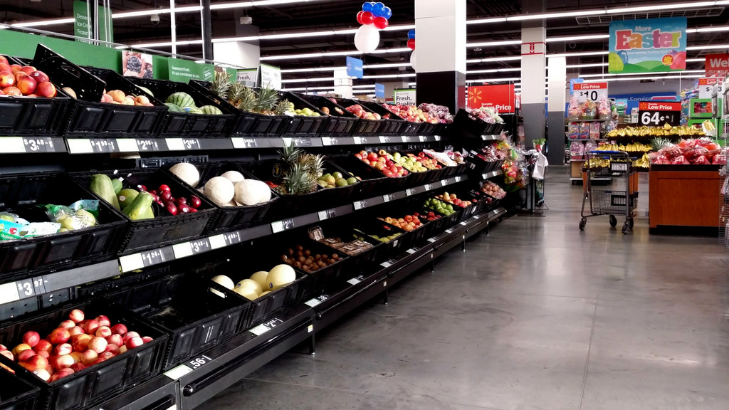 You're the reason this aisle is empty. Yes, you. (SchuminWeb)