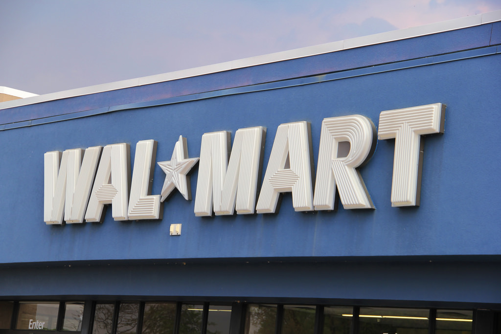 Walmart Worker Suing Retailer Claiming Its Previous Benefits Policy
