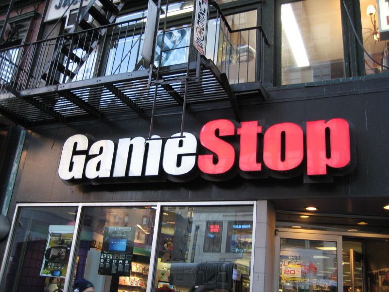Gamestop To Sell Steam Hardware Even Though It Can T Sell