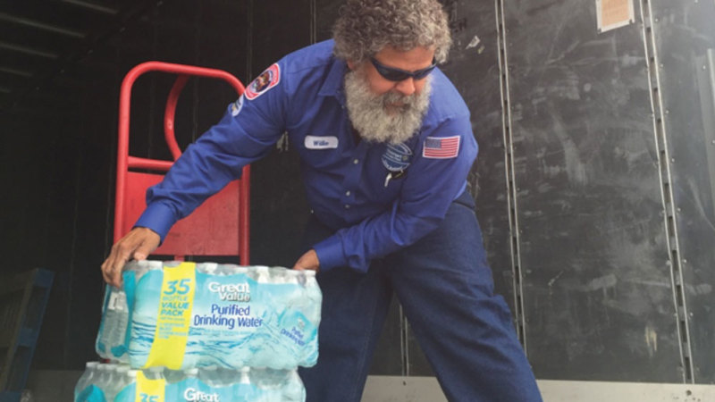 Walmart, Coca-Cola, Pepsi, Nestlé Offer 176 Truckloads Of Clean Water To Flint Schoolkids