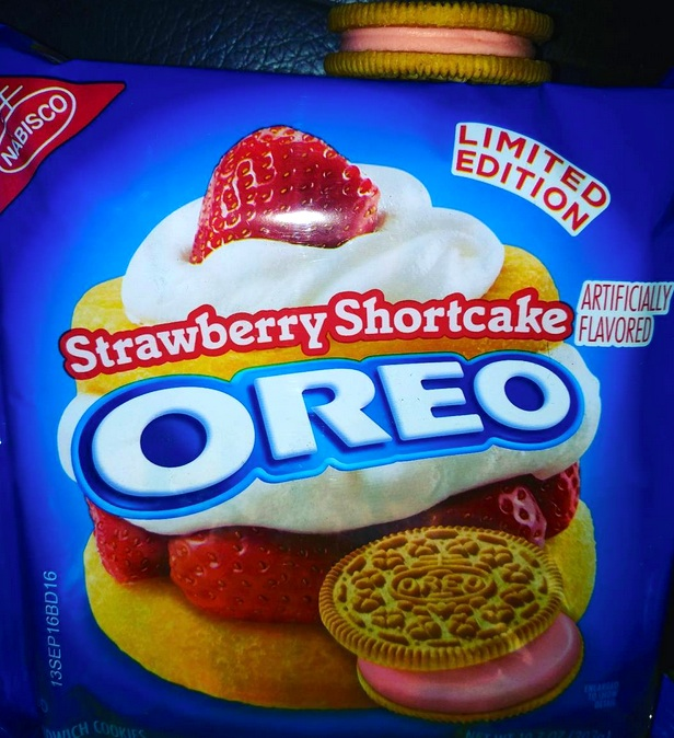 Strawberry Shortcake Oreos Will Hit Walmart Shelves On April 4