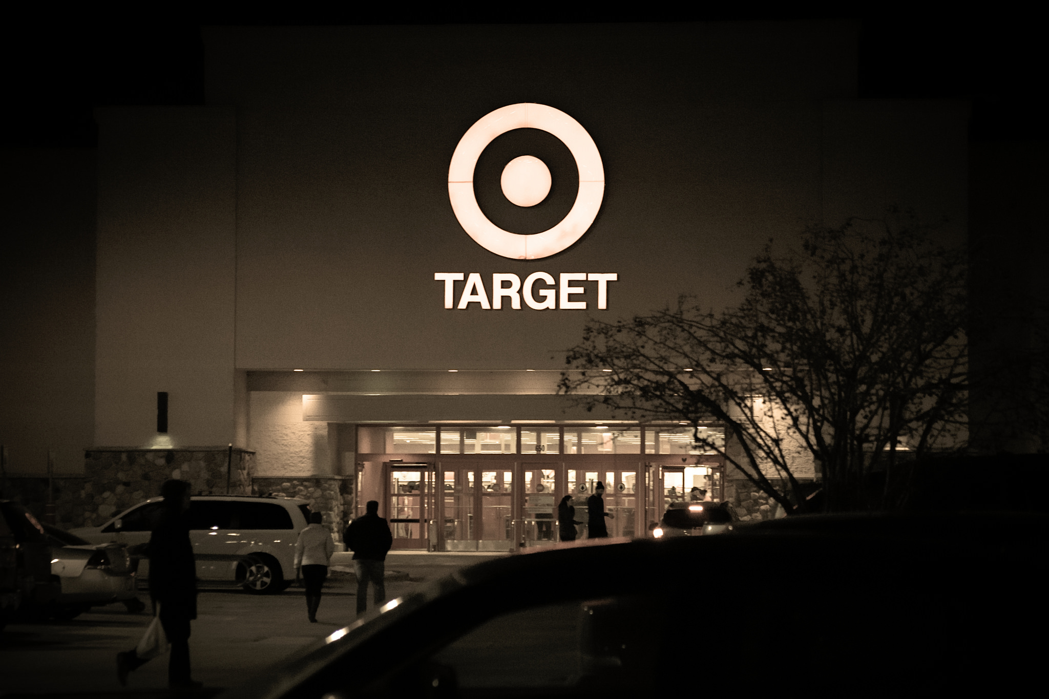3650524cb9 Target Sales Are Down Because Customers Are Fixing Up Their Homes Instead –  Consumerist