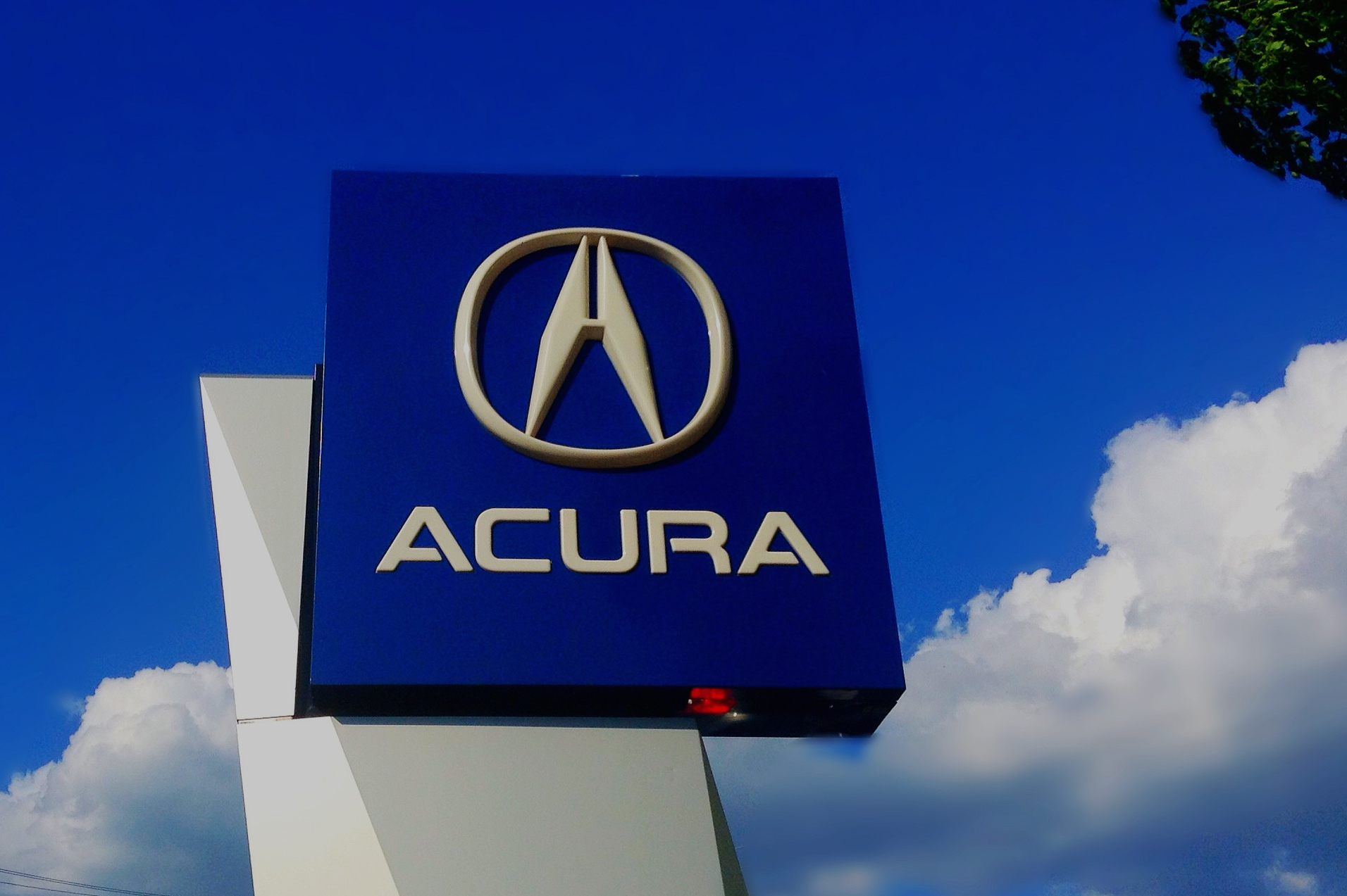 Class-Action Suit Accuses Honda Of Selling Acura Vehicles