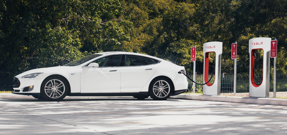 No More Free Ride: Tesla Will Charge For Supercharging On New Cars