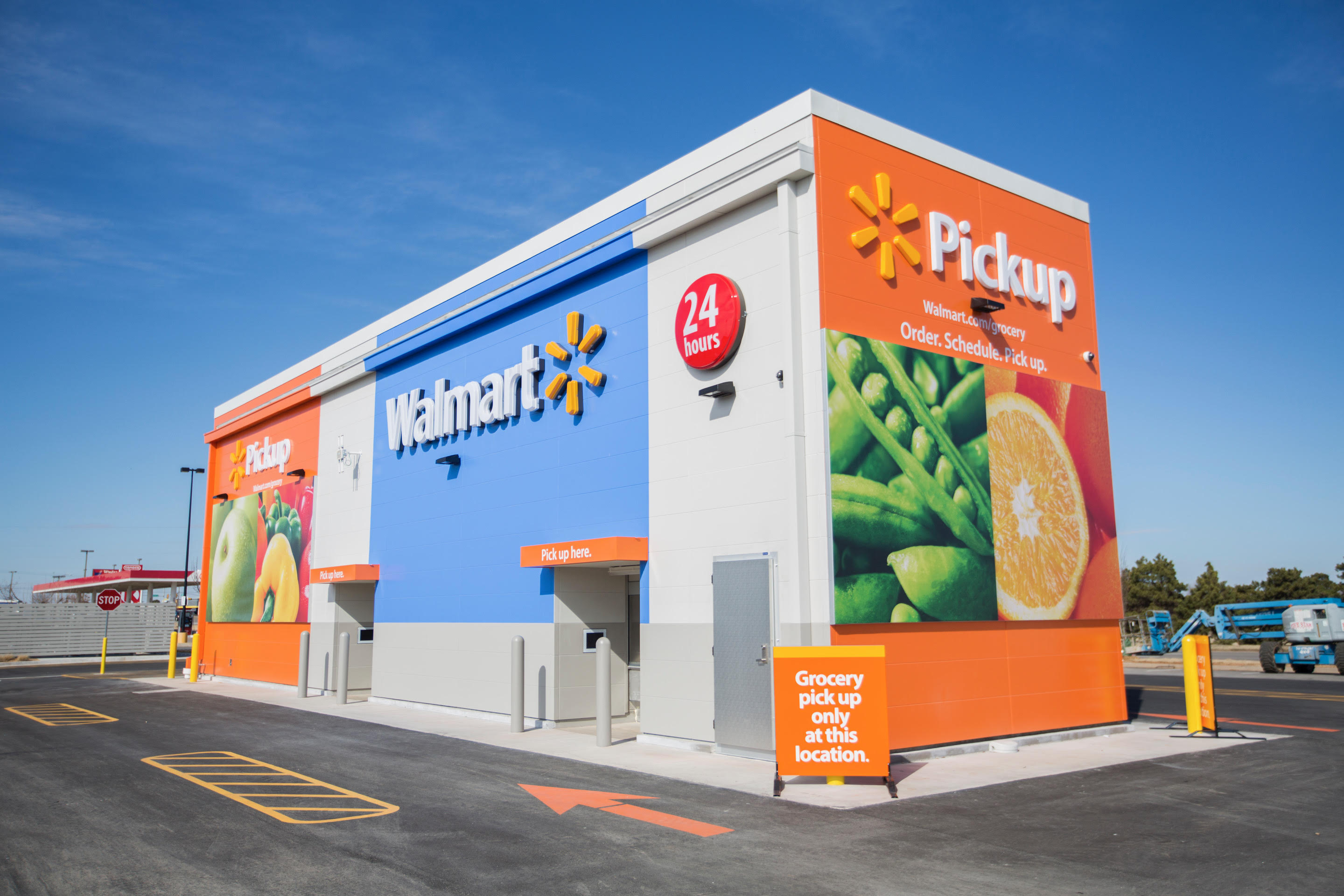 You Probably Live Near A Walmart, So It's Depending On In-Store Pickup For Growth
