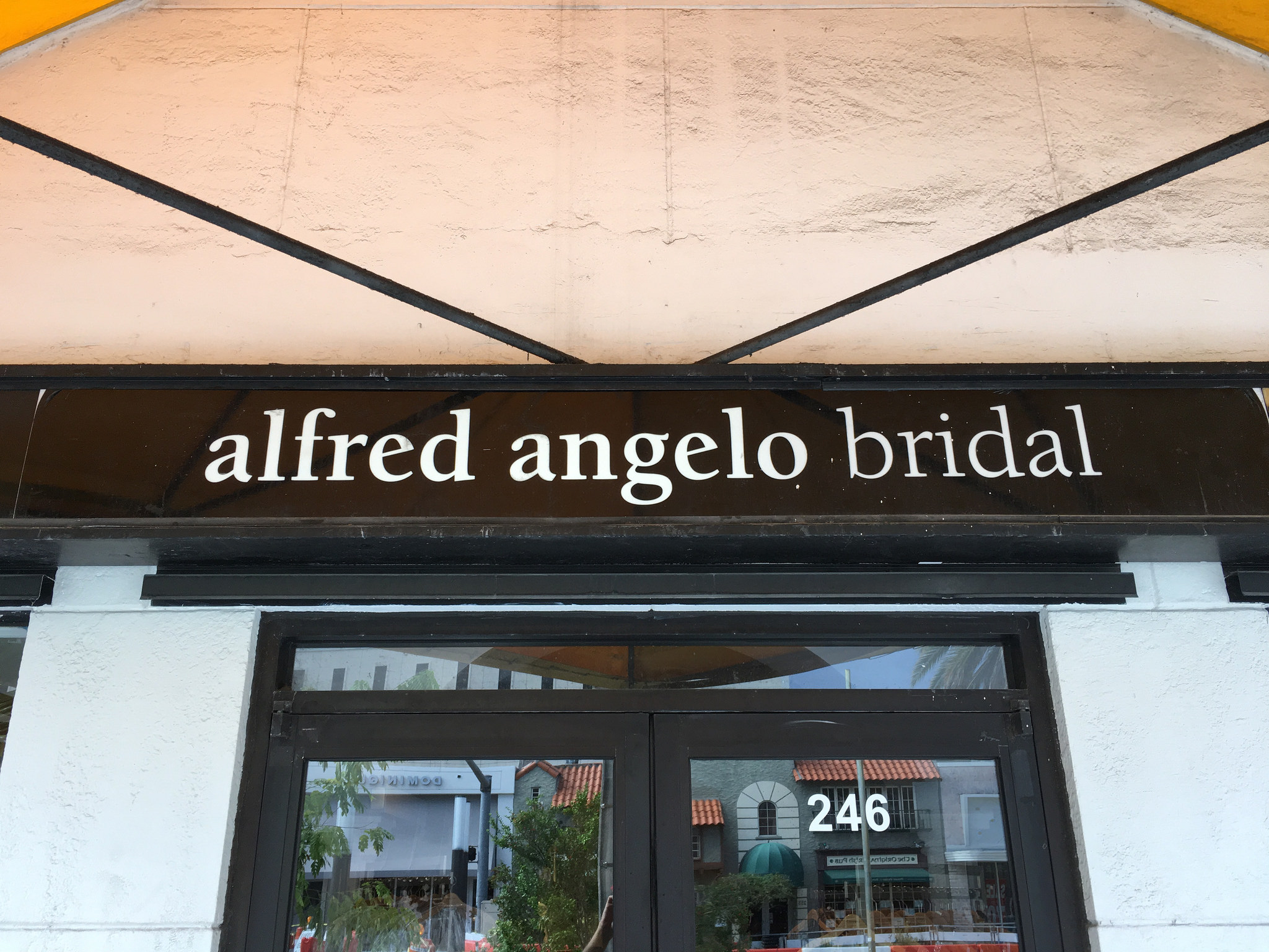 If You Dont Have Your Alfred Angelo Dress Yet Youre Not Getting